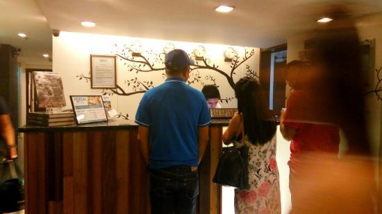 Fersal Hotel Neptune Makati: IMG_20160303_214527_HDR_large.jpg