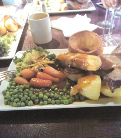 Edlesborough, UK: Roast Beef dinner was AWESOME!!!!!