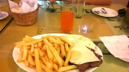 Millahue: Carne mechada a lo pobre
