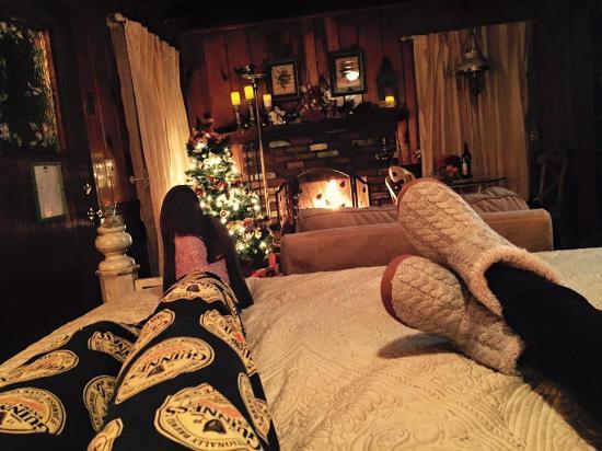 Twin Peaks, Kalifornia: Cancel busy.  Romantic getaway to Lake Arrowhead.