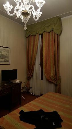 Kette Hotel: 20160304_195015_large.jpg