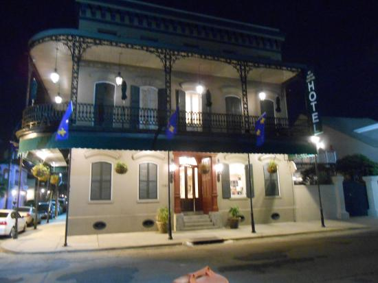 front view at night picture of new orleans courtyard hotel new rh tripadvisor com