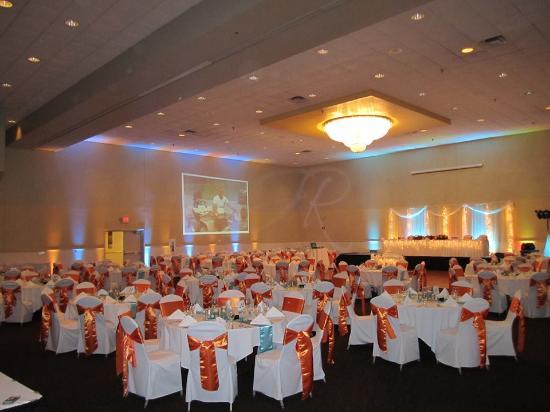 Morton, IL: Ballroom