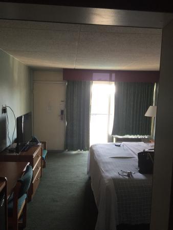 Downtown Inn & Suites: photo1.jpg