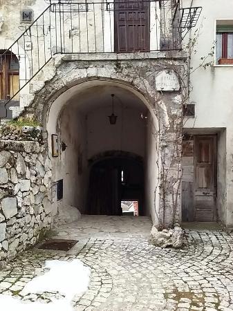 Centro storico di Opi