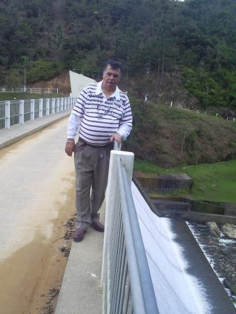Vertedouro  da barragem
