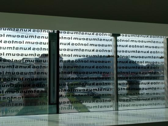 Lentos Kunstmuseum: view from the first floor