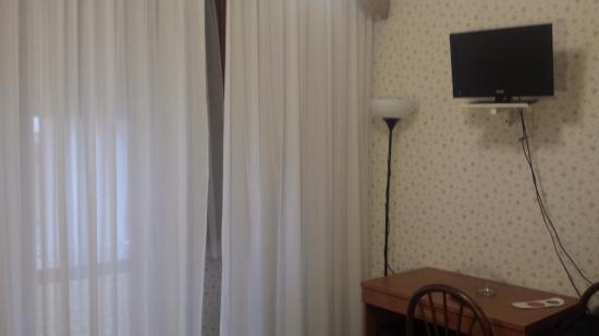 Hotel Cristallo: dettaglio camera