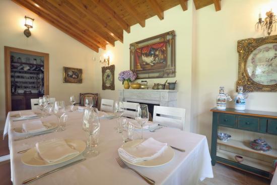 Oruña, España: Cenador del jardín