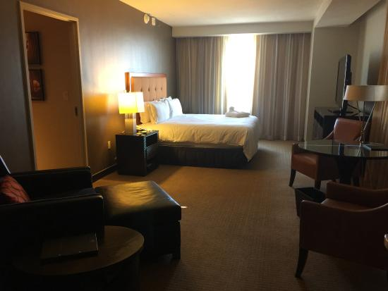 huge bedroom picture of hilton americas houston houston rh tripadvisor com