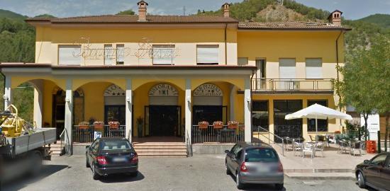 Hotel Ristorante Due Valli - Loc. Marsaglia (capoluogo) Via Genova, 56 - 29020 Corte Brugnatella