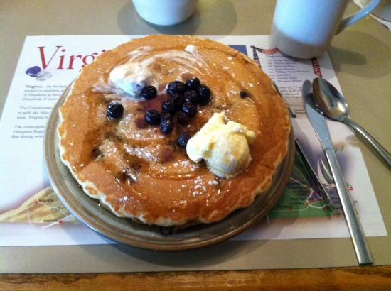 Hot Stacks Restaurant: Blueberry pancakes