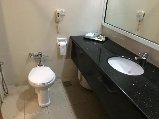 Kiulap Plaza Hotel : simple but functional