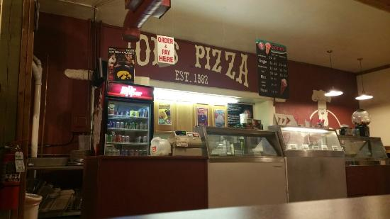 Guttenberg, IA: Joe's Pizza