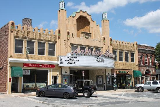 ‪Reel Cinemas Anthony Wayne Theater‬