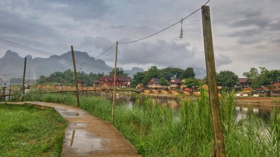 Villa Nam Song Vang Vieng: Morning Raining day