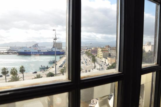 Province of Cagliari, Italia: la vista sul porto