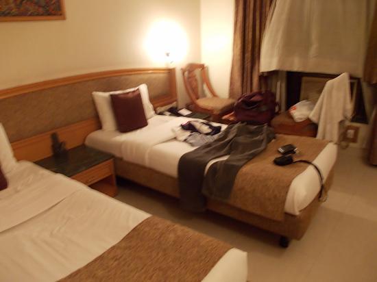 Hotel Srimaan : room