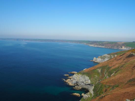 Gorran Haven, UK: Distant view from the Dodman to the west.