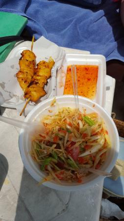 Chaweng Beachcomber: repas sur la plage