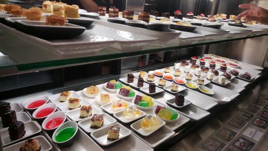 deserts picture of igg international buffet and bar melbourne rh tripadvisor co nz