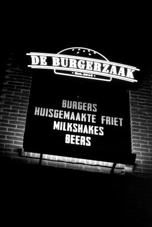De pui verlichting - Picture of De Burgerzaak, Apeldoorn - TripAdvisor