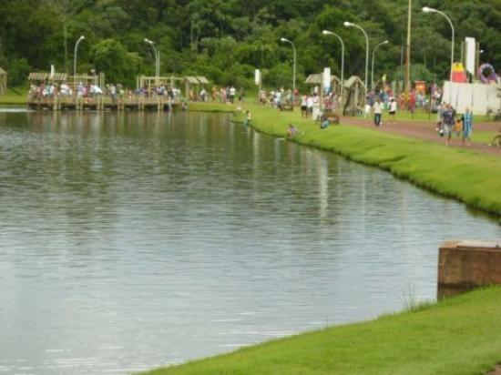 Marechal Candido Rondon, PR: vista do lago