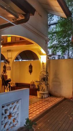 The Yard Boutique Hotel KL: 20160305_190929-01_large.jpg