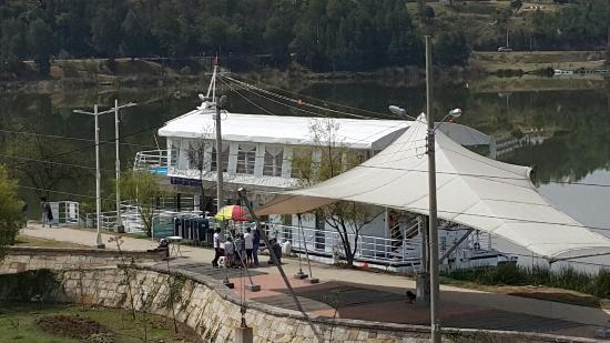 Paipa, Colombia: Barco Libertad