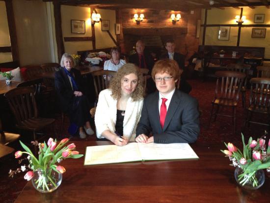 Wiltshire, UK: Wonderful wedding ceremony