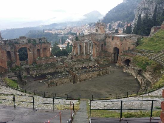 Greek Amphitheater : Teatro Taormina