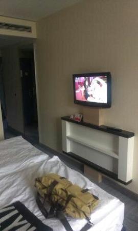 Blick Vom Bett Auf Tv Bild Von H Hotel Köln Brühl