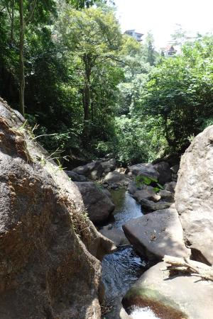Provinz Cocle, Panama: Cascading water down the mountain.