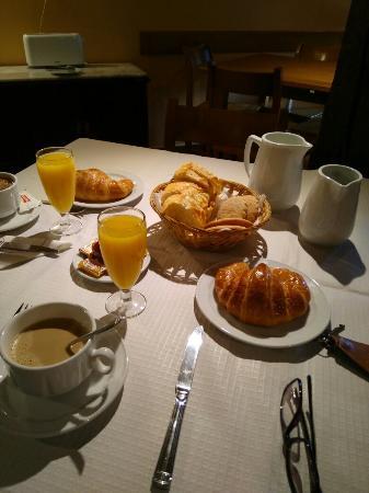 Alojamiento Rural La Cuculla : Desayuno