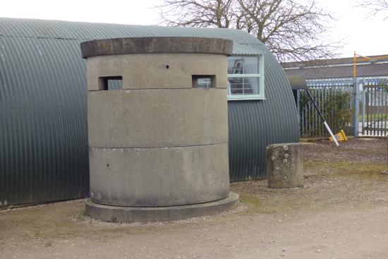 Sywell, UK: PRECAST CONCRETE PILLBOX