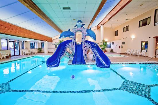 game room picture of grand marquis waterpark hotel suites rh tripadvisor ie