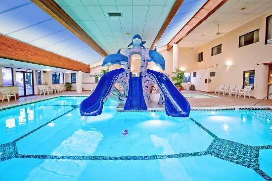 indoor pool picture of grand marquis waterpark hotel suites rh tripadvisor com