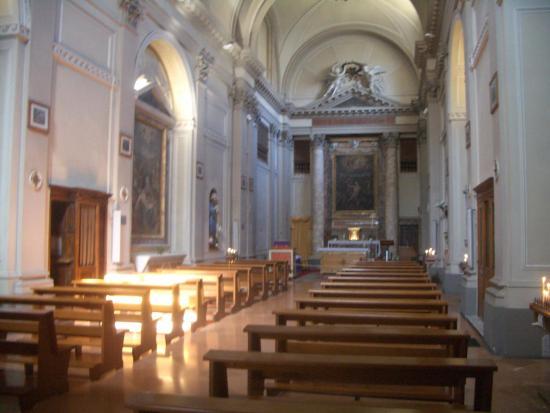 Chiesa di S.Ansano e cripta di S.Isacco