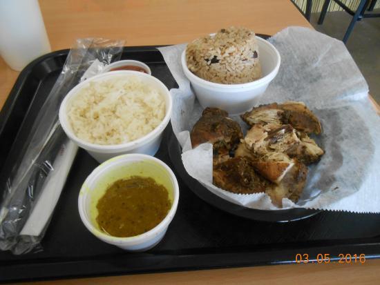 Lehigh Acres, Флорида: peas and rice jerk chicken