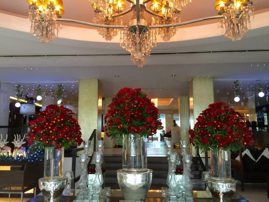 The Sulo Riviera: Sulo hotel lobby ✨