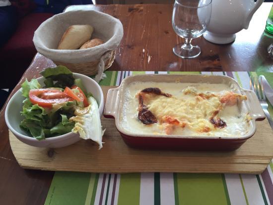 Tres Bon Gratin Ravioles Saumon Et Tb Dessert Et Service Aimable Et
