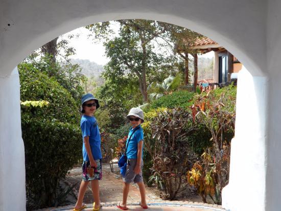 Mantaraya Lodge: Accès