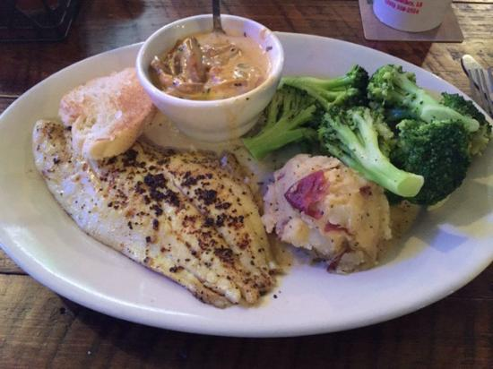 Mama's Oyster House: Broiled snapper with Ponchetrain sauce and broccoli