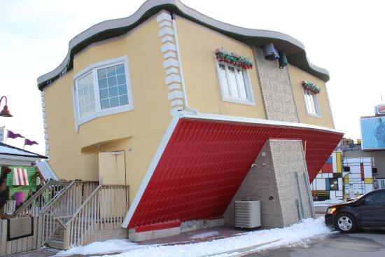 Upside Down House Picture Of Upside Down House Niagara Falls Tripadvisor