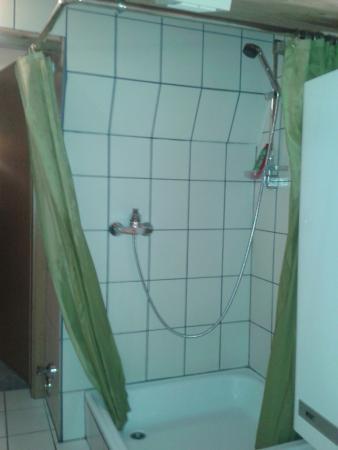 Hanserhof: Dusche