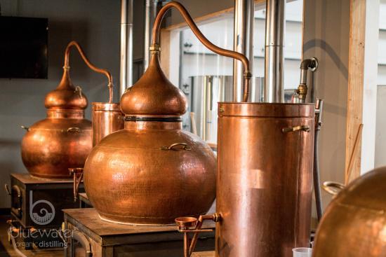 how to clean a copper pot still