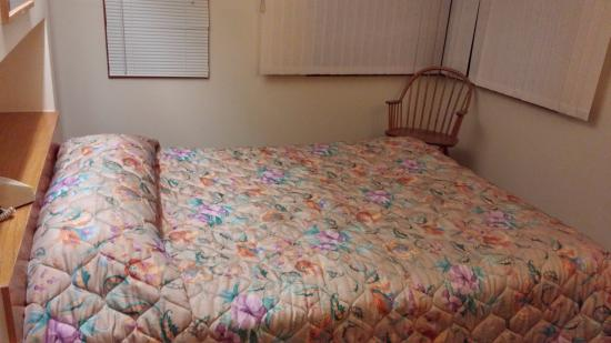 Shawnee River Village 2: Master bed