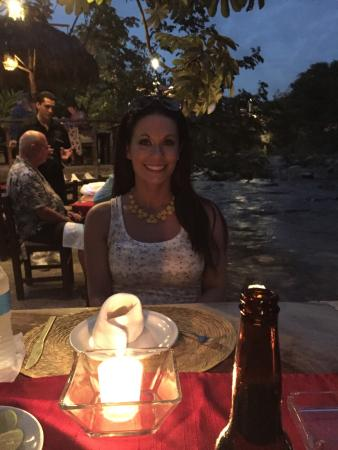 Cuale Paradise: Dining with my beautiful wife !!!
