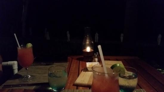 Bamboo Bar and Grill at Viceroy Anguilla照片