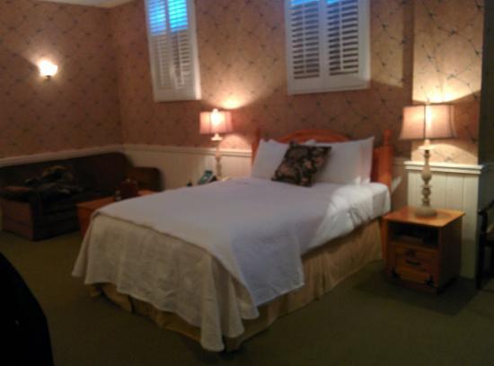 Moffat Inn: IMG_20160305_162452_large.jpg